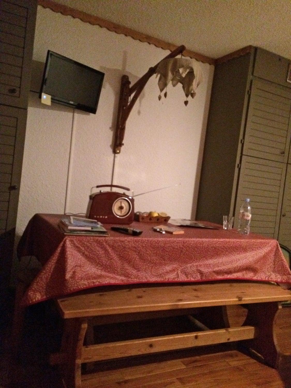 Achat les Saisies table à manger du 2 pièces cabine
